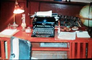 Sa machine à écrire (également celle de sa femme Charmian qui tapait à la machine certains de ses textes pour lui)